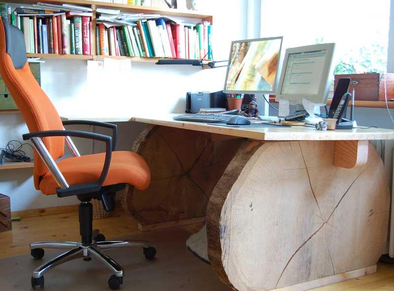 schreibtisch aus baumscheiben bauen gartenrot blog. Black Bedroom Furniture Sets. Home Design Ideas