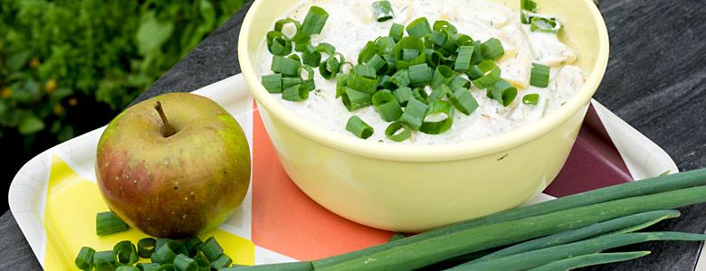 Kartoffelsalat mit Winterheckenzwiebel
