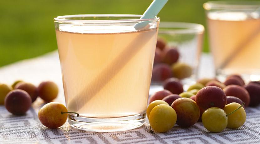 Saft aus Kirschpflaumen